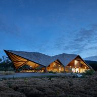 Vin Varavarn uses local bamboo and soil to build learning centre in Thailand